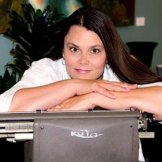 AnneMcColl freelance copywriter
